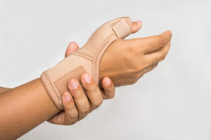 DISPELLING MYTHS ABOUT CARPAL TUNNEL SYNDROME